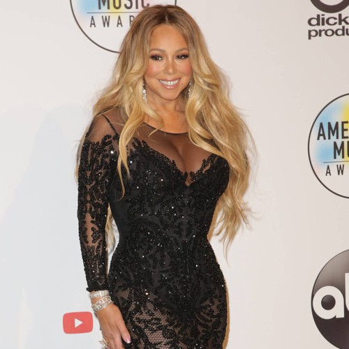 Mariah Carey Accused Of Lip Syncing Through Amas Performance - Music News