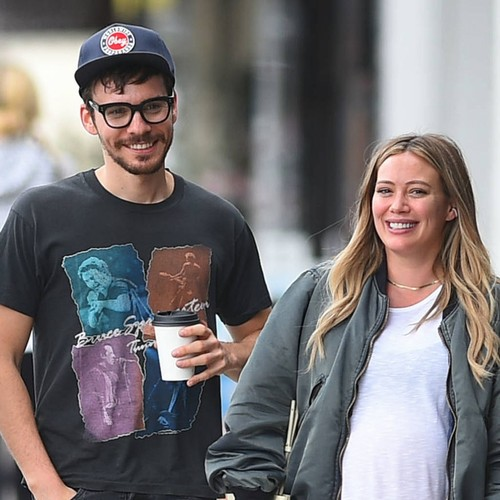 Hilary Duff desperately trying to induce labour