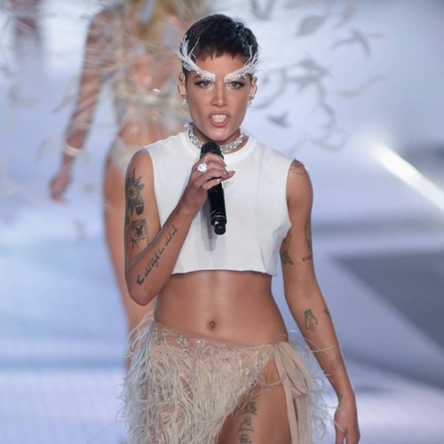 Halsey Stunned By Compassionate, Fun-loving Models At Victoria's Secret Fashion Show