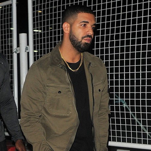 Drake Enjoys Dinner Date With Rapper Stefflon Don