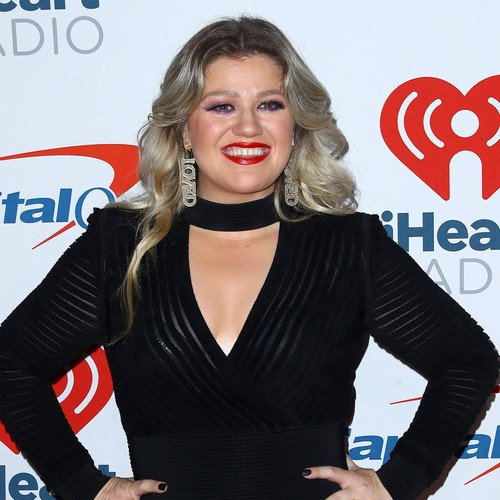 Kelly Clarkson Claims Dr. Luke 'lied About Writing Her Songs'