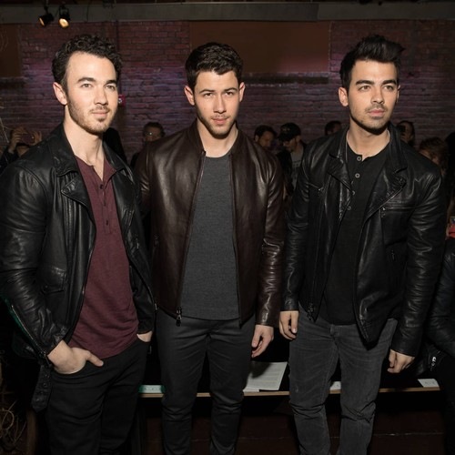 Jonas Brothers Couldn't Compete Against Bollywood Stars At Priyanka Chopra Wedding - Music News