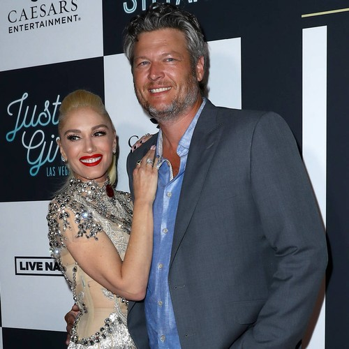 Gwen Stefani And Blake Shelton Struggle To Keep Christmas Presents Secret