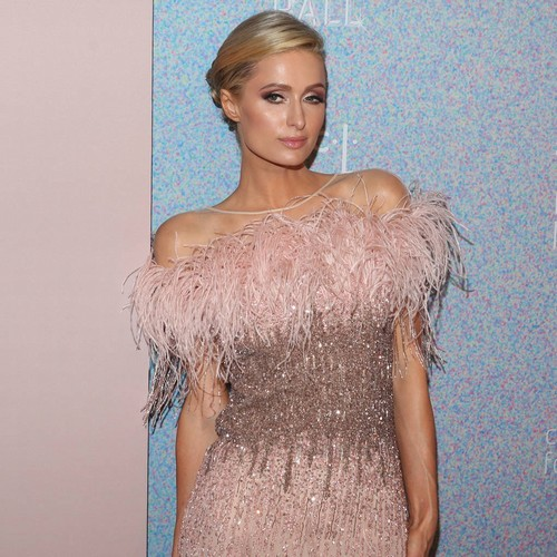 Paris Hilton 'planning To Become A Single Mom'