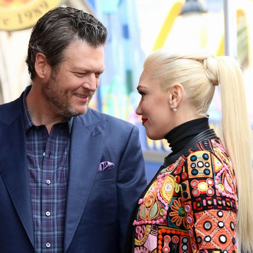Gwen Stefani And Blake Shelton Put 'zero Pressure' On Themselves To Wed