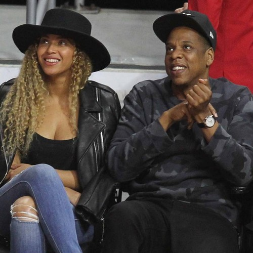 Jay-z And Beyonce Present Park Bench To Honour Rapper's Grandmother