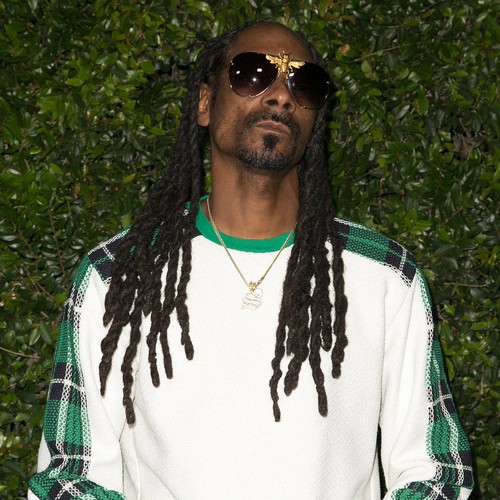 Snoop Dogg Offers To Rehome Abandoned Pooch Namesake