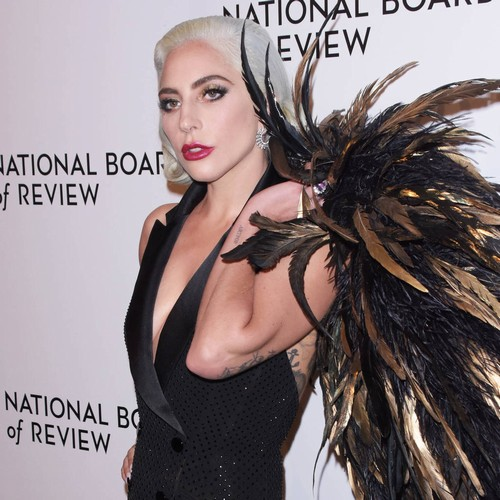 Lady Gaga Apologises For Collaborating With R. Kelly