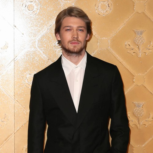 Joe Alwyn Defends 'private' Taylor Swift Relationship