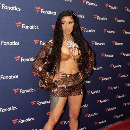 Cardi B Would Be Scared Giving Political Speech At Iowa Democrats Event - Music News