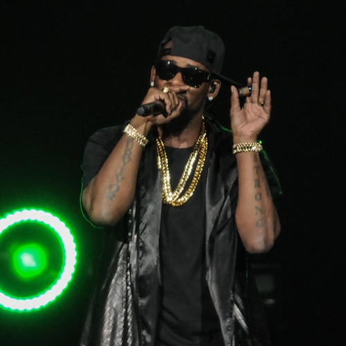 R. Kelly Deletes Tour Announcement Post Amid Backlash - Music News