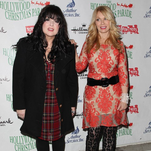 Heart Sisters Regroup For All-women Summer Tour - Music News