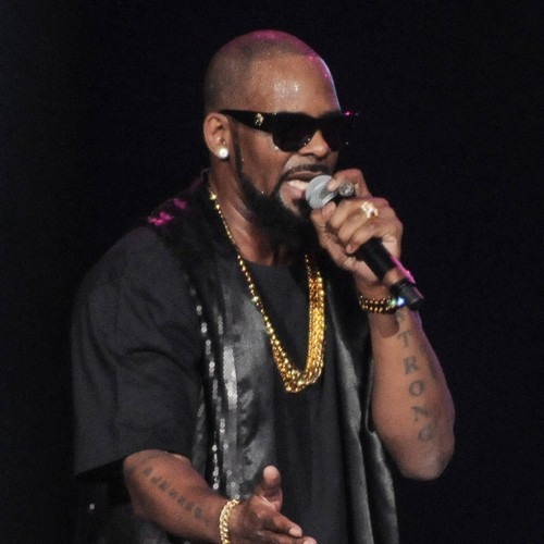 R. Kelly Surrenders To Police