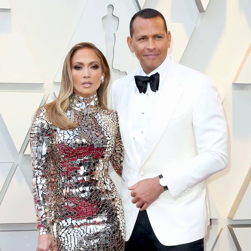 Jennifer Lopez Engaged