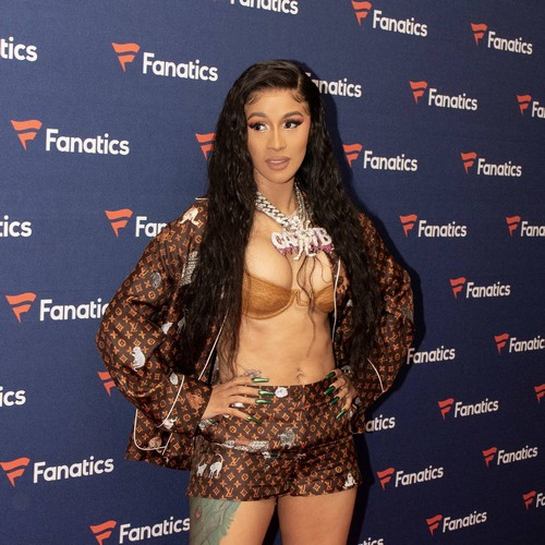 Cardi B Constantly Battles With Voice In Her Head - Music News