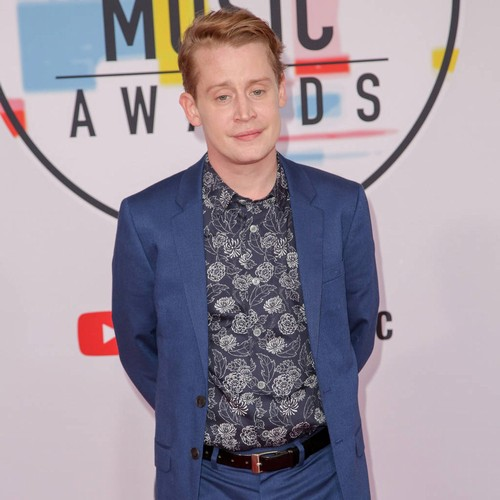 Macaulay Culkin Jokes About Michael Jackson Abuse Scandal During Podcast Taping