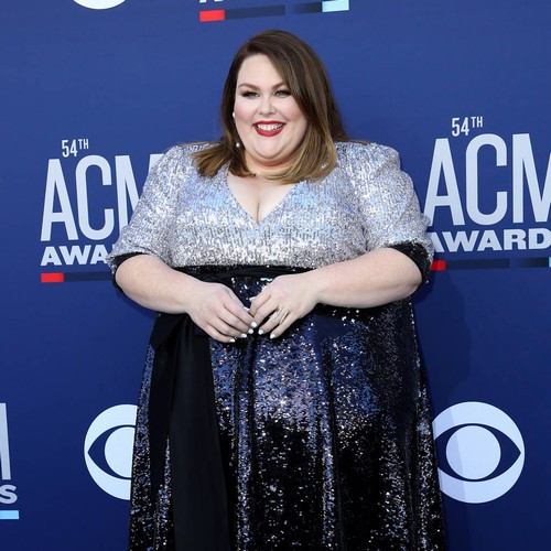 Chrissy Metz Makes Live Singing Debut At Acm Awards