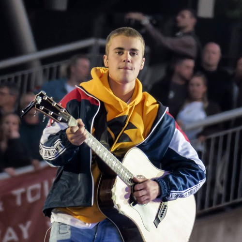 Justin Bieber Makes Surprise Appearance During Ariana Grande's Coachella Set