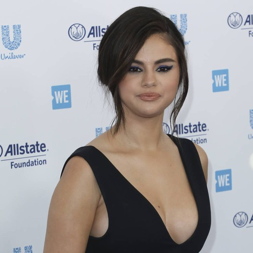 Selena Gomez Looks Happy And Healthy As She Returns To The Red Carpet For 2019 We Day