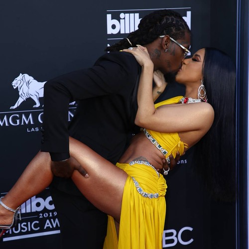 Cardi B Goes Naked In Expletive-filled Video As She Responds To Viral Picture