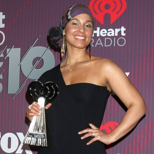Alicia Keys Planning Special Trip For Mother's Day - Music News