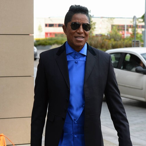 Jermaine Jackson Slams Quincy Jones For Erasing Brother Michael's Name From Show - Music News