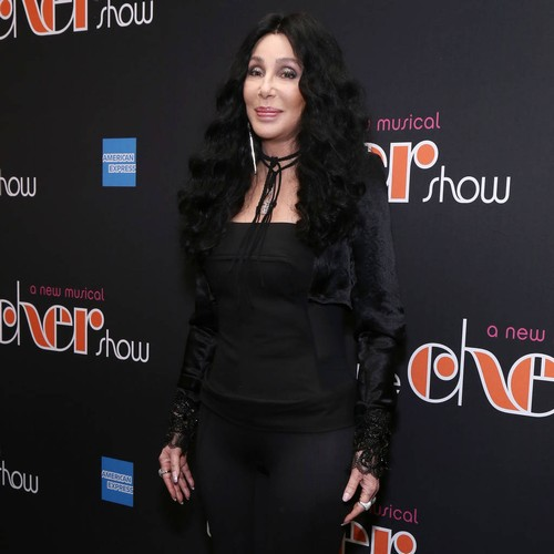 Cher Apologises To Canadian Fans For Cancelled Show