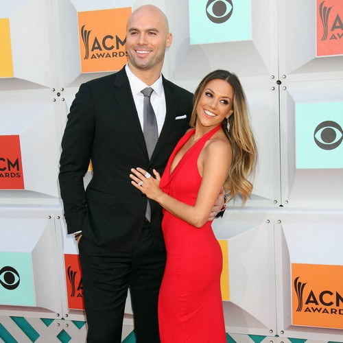 Jana Kramer Posts Emotional Tribute To Husband Mike Caussin On Fourth Anniversary