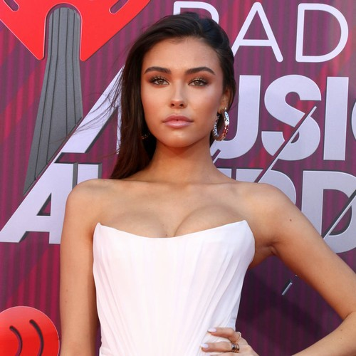 Madison Beer Festival Set Halted By Crowd Drama