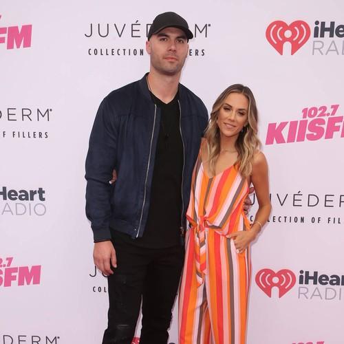 Jana Kramer's Husband Clarifies Cheating 'deal Breaker' Remarks