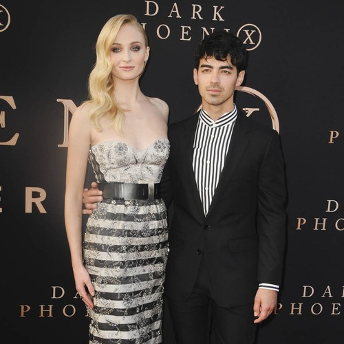 Sophie Turner And Joe Jonas Share Stunning Pictures From French Wedding - Music News