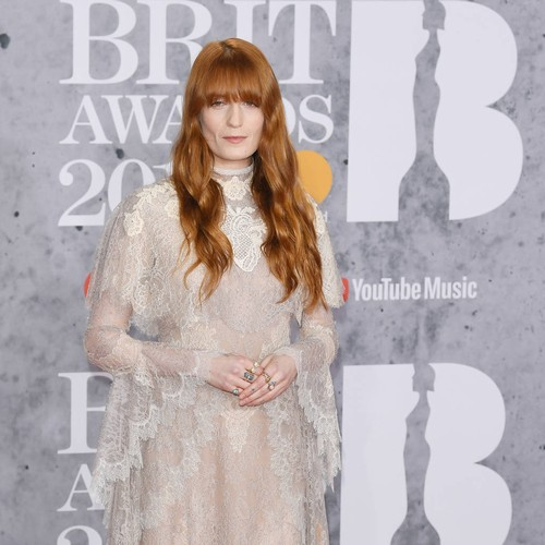 Florence Welch Taking Break From Touring Due To Anxiety - Music News