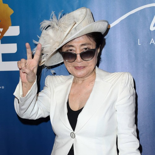 Yoko Ono Gets Thousands Ringing Bells For Peace In Manchester - Music News