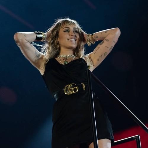 Miley Cyrus Had 'crazy' Near-death Experience On Flight Ahead Of Glastonbury Performance - Music News
