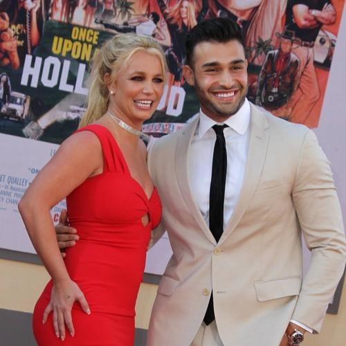 Britney Spears Gushes Over 'hot' Boyfriend In Cheeky Instagram Clip