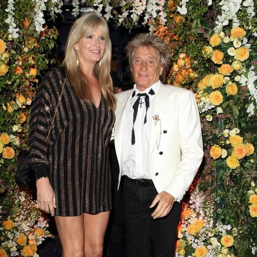 Rod Stewart's Wife 'broke Bus Driver's Nose' Defending Her Husband