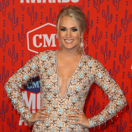 Carrie Underwood To Host Cma Awards