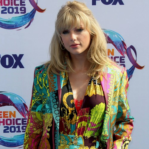 Taylor Swift Doesn't Care About Political Critics
