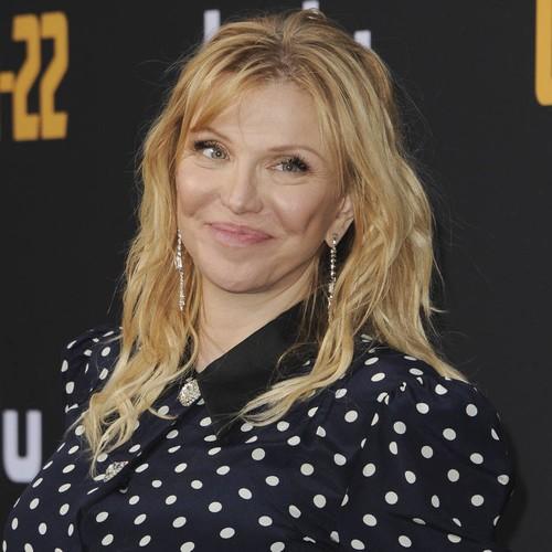 Courtney Love Slams Patricia Arquette For Emmys Sackler Bag