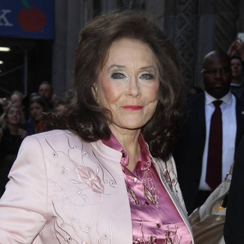 Permalink to Patsy Cline and Loretta Lynn's daughters are thrilled with the new movie – Music News