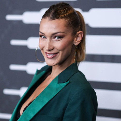 Bella Hadid credits Rihanna for lingerie modelling confidence – Music News
