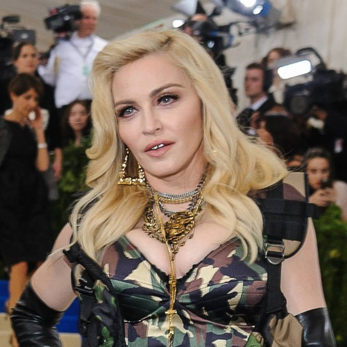 Permalink to Madonna documents unusual post-show routine in social media – Music News