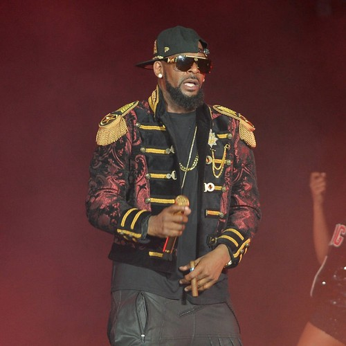"""Permalink to Joycelyn Savage, the """"girlfriend"""" of R. Kelly, claims she is a """"victim"""" of sexual and psychological abuse – music news"""