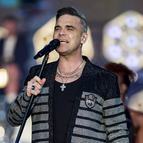 Permalink to Robbie Williams Cancels Plans for Liam Gallagher Boxing Match – Music News