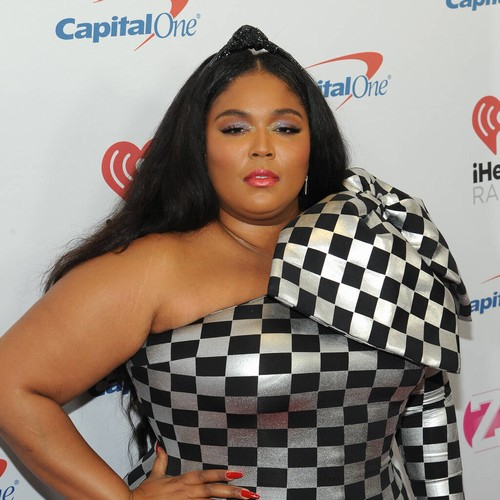 Permalink to Lizzo strikes back on Troll, who claims she is popular only because of her obesity epidemic. – Music News