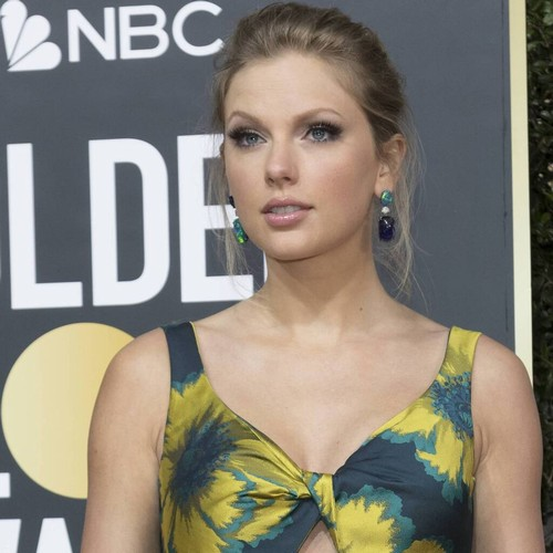 "Permalink to Taylor Swift & Selena Gomez remember ""kind and gracious"" Kobe Bryant – music news"
