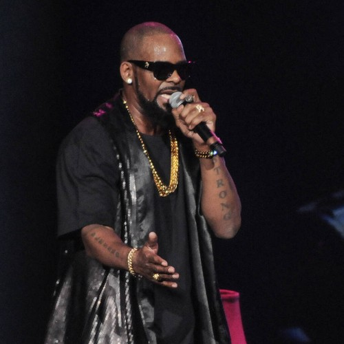 Prosecutors want identity of prospective R. Kelly trial jurors protected - Music News 1