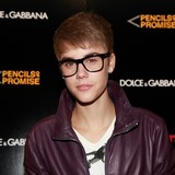 Justin-Bieber-still-to-take-DNA-test