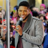 Usher-gives-away-Grammy