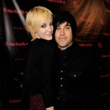 Ashlee-Simpson-and-Pete-Wentz-divorce-finalised